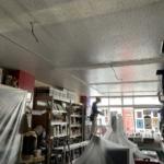 まん天やの店舗LED照明の取り付け工事がスタートしました!